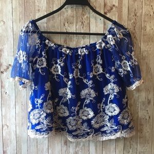 Lovers+Friends Life's a beach floral blue top Smal